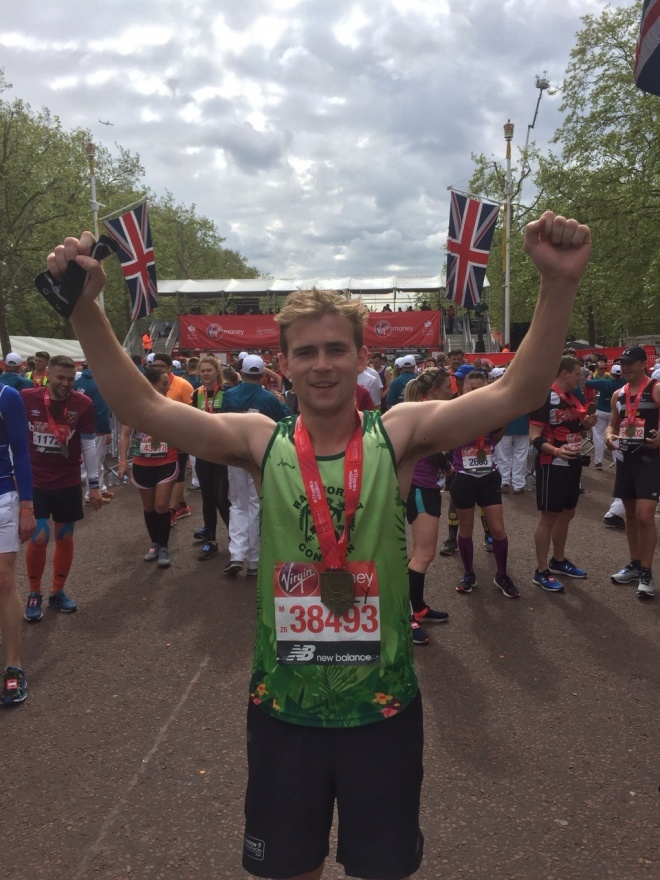 Billy Jones London marathon 2019